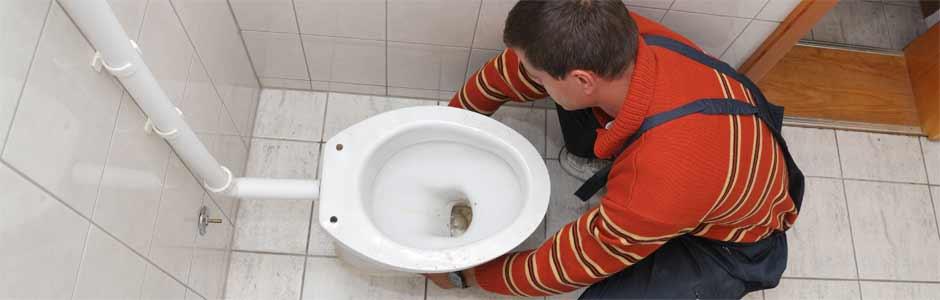 Toiletpot plaatsen